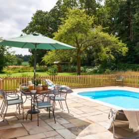 Search by feature - Hen party houses with swimming pool ...